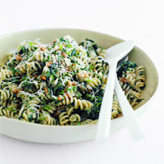 Fusilli with Spinach, Ricotta, and Golden Raisins