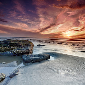 Gerroa 3 by Ian Mills - Landscapes Sunsets & Sunrises ( landscape, beach )