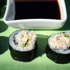 Spicy Tuna Salad Sushi Roll