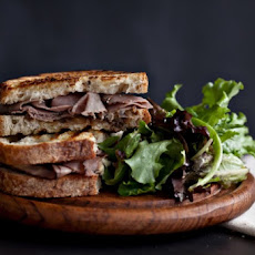 Roast Beef Sandwiches with Balsamic glazed Onions and Blue Cheese
