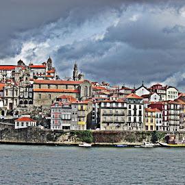 Porto by Lia Ribeiro - Digital Art Places