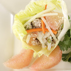 Minced Meat, Crab, and Grapefruit Vietnamese Salad