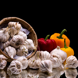 Garlic Galore by Rakesh Syal - Food & Drink Fruits & Vegetables (  )