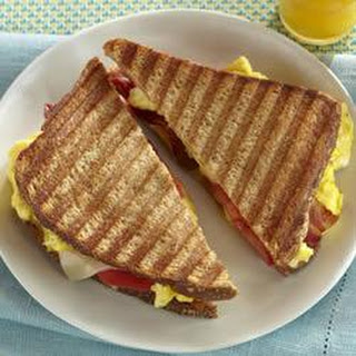 Scrambled Eggs, Bacon and Tomato Panini
