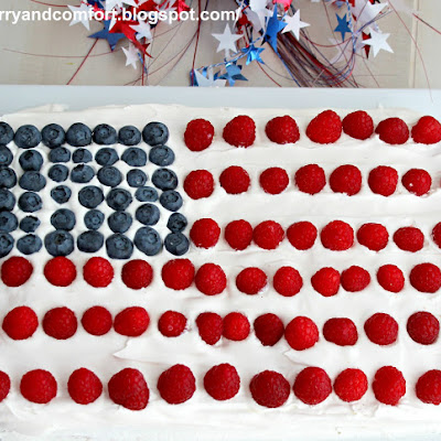4th of July Flag Cake (Throwback Thursday)
