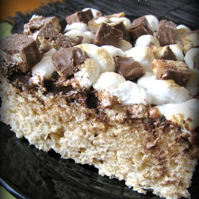 Extreme Toasted Marshmallow Candy Bar Rice Crispy Treats