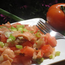 Salted Salmon and Tomato Salad With Onions (Aka Lomi Lomi Salmon