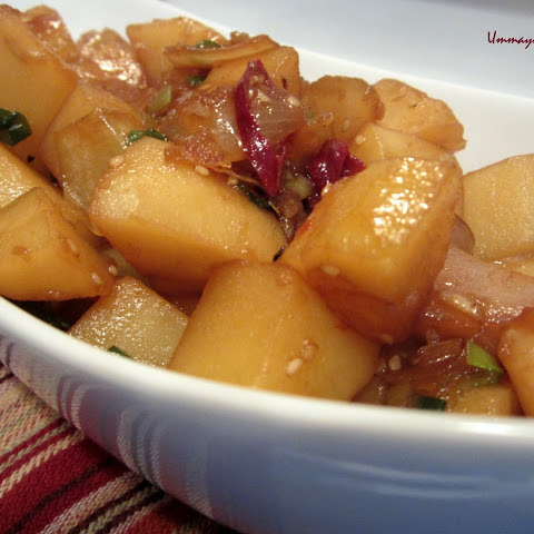 Gamja JoRim ( Korean Braised Potatos)