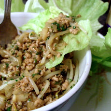 Chinese Minced Pork in Lettuce Cups