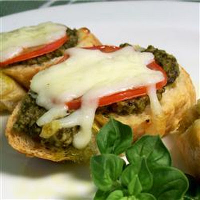 Basil Pesto Bread