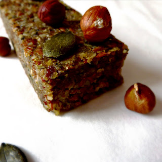 RAW VEGAN APPLE BARS