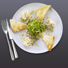 Crab mayonnaise with Melba toast & herb salad