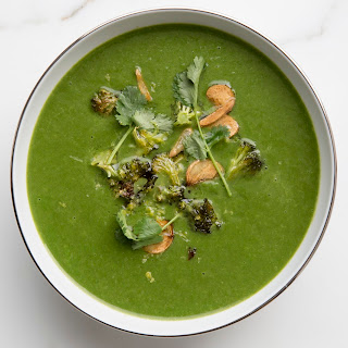 Spinach-Broccoli Soup with Garlic and Cilantro