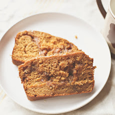 Pumpkin Bread with Cinnamon Pecan Filling