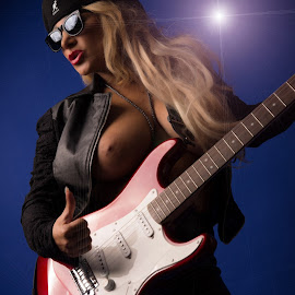 Rock on.... by Tomas Fensterseifer - Nudes & Boudoir Artistic Nude ( blonde, rock, guitar, boobs )
