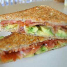 Spicy Grilled Bacon and Tomato Sandwich With Avocado
