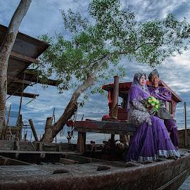 Malaysian Malay Wedding by Fairuz Mustaffa - Wedding Bride & Groom ( detail, purple, strobist, seaside, boat, couples )