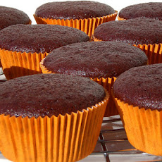 Low Fat, Low Cholesterol Chocolate Cake/Cupcakes