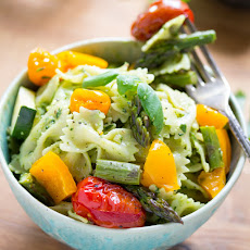 AVOCADO PESTO PASTA SALAD WITH ROASTED SUMMER VEGETABLES