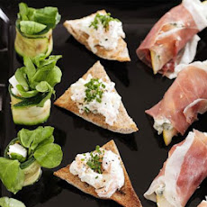Stilton, Pear & Prosciutto Wraps