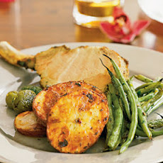 Mini Pork Rack with Roasted Potatoes and Green Beans