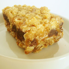 Oatmeal Chocolate Caramel Bars