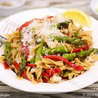 Roasted Asparagus and Red Bell Pepper Pasta Salad