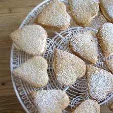 Apple Crumble Custard Creams