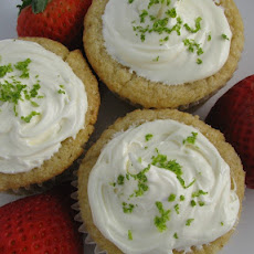 Strawberry-Lime Stuffed Cupcakes