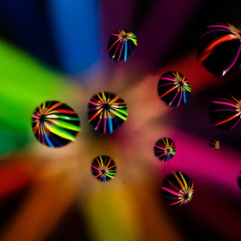 colors by Hilde Hove - Abstract Light Painting ( oil drops, color pencils, color, drops, pencils )