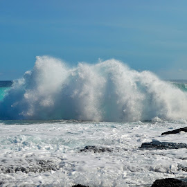 South Point wave by Joe Stigall - Nature Up Close Water