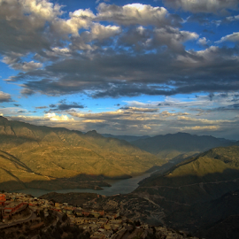 Tehri Lake from Mountain Top by Amit Kumar - Landscapes Cloud Formations ( tehri, garhwal, india, uttarkhand, himalayas )