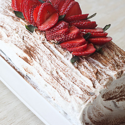 Chocolate Roulade with Strawberries