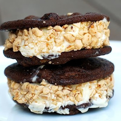 Crunchy Ice Cream Cookie Sandwiches
