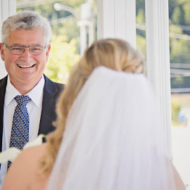 Father of the Bride sees her for the 1st time by Alicia Robichaud - Wedding Getting Ready ( happy, moment, candid, bride, father of the bride, emotion, Emotion, portrait, human, people )