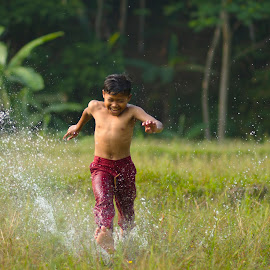 Run in the morning.... by Satria Yoga.S - Babies & Children Children Candids ( water, sawah, human interest, children, photography )