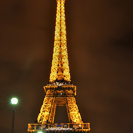 Eiffel Tower, Paris by Aditya Shrivastava - Buildings & Architecture Statues & Monuments