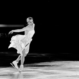 Angel by Luca Renoldi - Sports & Fitness Other Sports ( olympic, angel, ave maria, winter sport, black and white, carolina, sport, pattinaggio, indoor sport, ice skating, nikon,  )