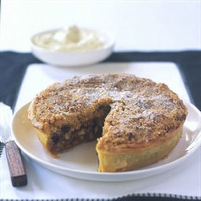 Mincemeat and Apple Crumble Flan with Almonds
