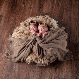 Newborn Twins by George Holt - Babies & Children Child Portraits ( babies, male, boys, cute, infants, twins, newborn )