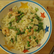 Bow Ties With Peas and Shrimp