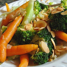 Broccoli and Baby Carrots With Toasted Almonds