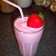 Strawberries and Cream Milkshakes