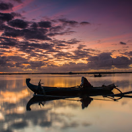 The Jukung by Efraim Dastanta Ginting - Transportation Boats ( bali, jukung, indonesia, transportation, landscape )