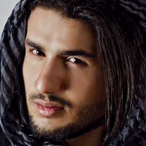 Ameel by Micoy Ausa - People Portraits of Men