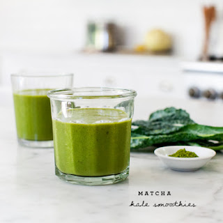 Matcha Kale & Peach Smoothies