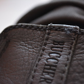 sepatu usangku by Childa Sukma - Novices Only Macro