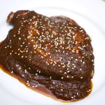 Chicken Breasts in Ginger Mole (Mole de Jengibre con Pechugas de Pollo)