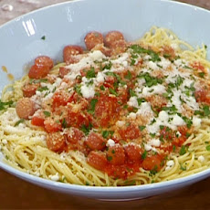 Spaghetti with Tomatoes, Hot Dogs and Parsley