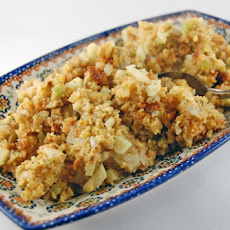 Apple Cornbread Dressing